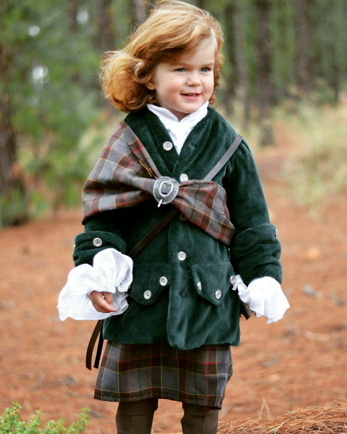 Outlander, Jamie Fraser wedding outfit. Outlander wedding, Jamie and Claire