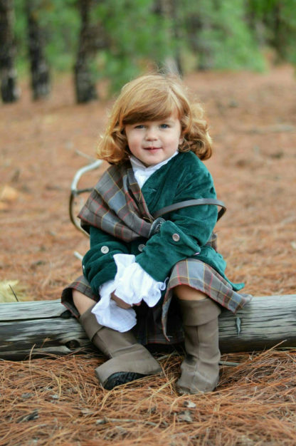 Outlander, Jamie Fraser wedding outfit. Outlander wedding, Jamie and Claire