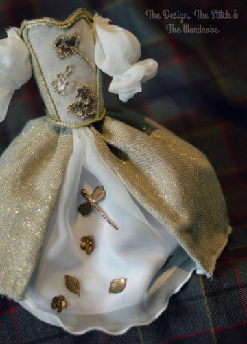Outlander Wedding dress miniature , Claire wedding dress miniature.