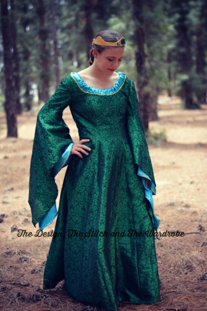 Queen Elinor Gown